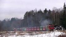 ТУ2-093 и ТУ2-076 с пассажирским поездом / TU2-093 and TU2-076 with a long passenger train
