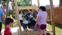 Ce qu'il fait pour sa fille handicapée est juste énorme