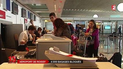 """Résultat de recherche d'images pour """"aéroport Roissy CDG problèmes bagages"""""""
