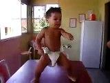 Bebê dançarino- Baby Dancing