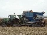 TRACK EQUIPEMENT/ Tracteur 360 cv et transobordeur 24 m3 en chenille SOUCY TRACK au travail