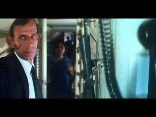 Hum Dono  | Action Scene | Aeroplane Being Hijacked | Rishi Kapoor, Nana Patekar