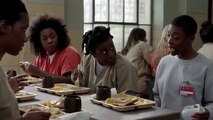 Orange is the New Black S02E04 Poussey and Taystee Pee Hole