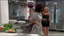 4663 - Nicole & Belle talk about Aden