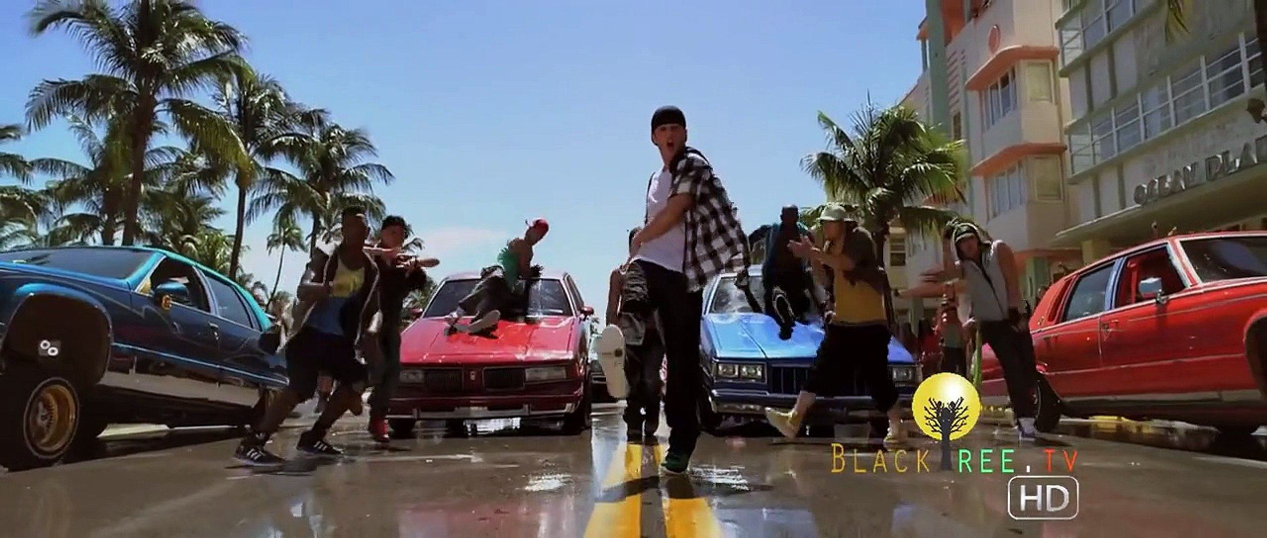 Moose returns in Step Up Revolution | Step Up 4