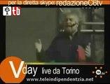 Beppe Grillo parla di Gavino Sale al V2Day di Torino