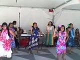 hawaiian hula dance (performed by kids)