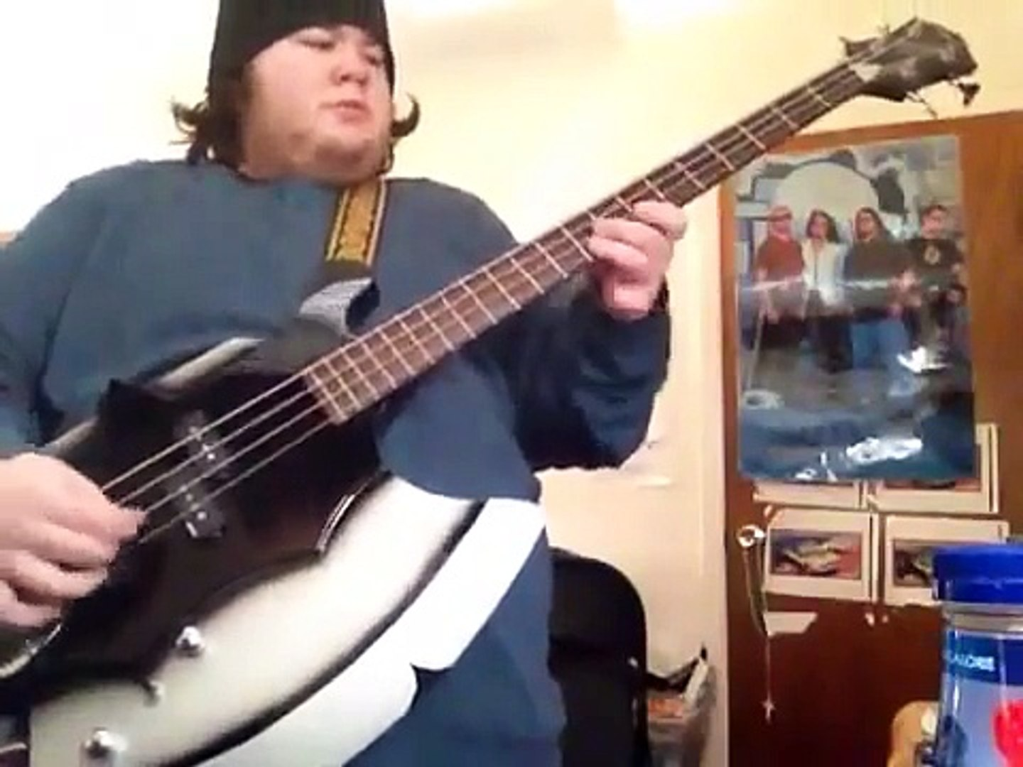 KISS GOD OF THUNDER (Bass Cover on Axe Bass)