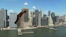 Meilleur façon de survoler New York : en faisant du Headbanging - WTF