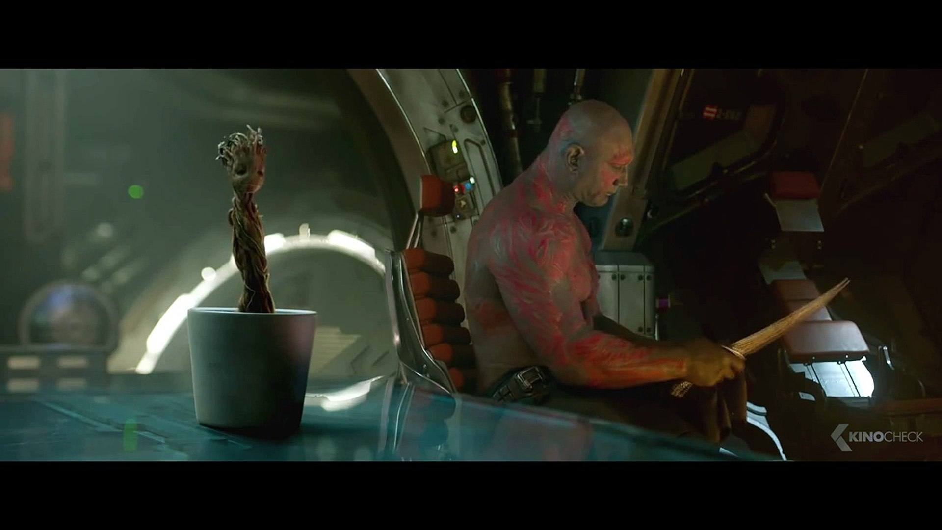 DANCING GROOT - Guardians Of The Galaxy 2 [HD+]