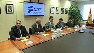 S M el Rey visita la DGT al final de la Operacion Retorno de