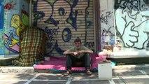 "Grecia: ""Sin hogar, sin baño, sin vida"""