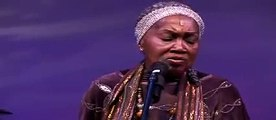 """Odetta Live in concert 2005, """"Bourgeois Blues"""""""
