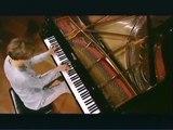 Helene GRIMAUD plays Brahms piano sonata No.3-3st mov