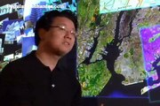 Jeff Han  Perceptive Pixels Multitouch Display
