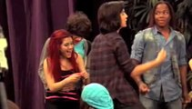 Cat and Robbie are a COUPLE!!!! (Victorious)