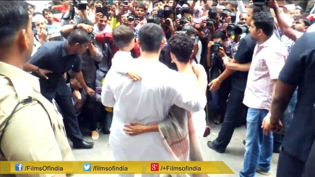 Aamir Khan Celebrates Eid With Family!