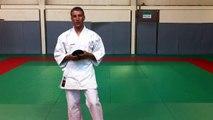 Karate - Comment faire son nœud de ceinture [Karate-Blog.net]