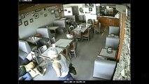 Captan en video asalto a pizzeria de Nuevo Laredo