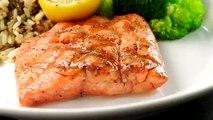 Chef Dustin Hilinski shares fun facts about fresh Wild-Caught Alaska Sockeye and Coho salmon