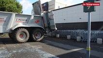 Brest. Opération coup-de-poing des agriculteurs au Géant
