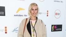 Isabel Lucas erscheint in einem 70ger Outfit bei der 'That Sugar' Premiere