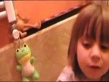 bambini che si lavano i dentini - Mamme nella rete