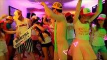 CLIP OFFICIEL Tube de l'été HUMOUR 2014 _) Tout le monde est là [ZoukA]
