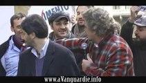 Beppe Grillo a Napoli presenta il MoVimento 5 Stelle con Roberto Fico