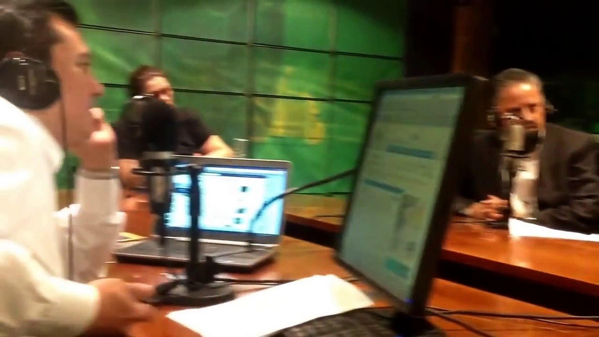 Camilo Blanes Entrevista con Martín Espinosa en Reporte Noticias 98.5 FM