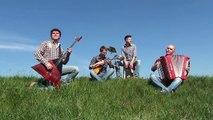 Old Banjo  - Country style (Balalaika, Accordion, Bass, Kajon)