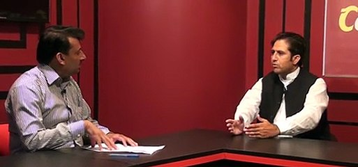 مشیر وزیر اعظم آزاد کشمیر گل اخلاق حسین ،تحریک انصاف کے رہنما چوہدری جاوید کوثر ،اور جماعت اسلامی کے رہنما راجہ جواد ٹاک شو میں