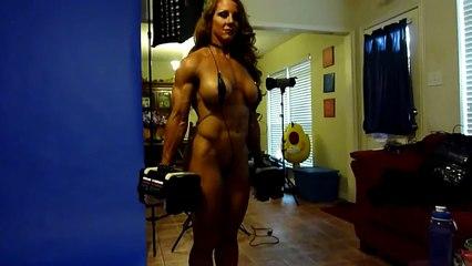 LINDSAY MULINAZZI www.FitnessInferno.com