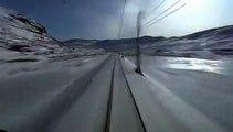 Вид из кабины скоростного поезда.