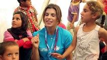 Elisabetta Canalis visita con l'UNICEF i bambini siriani rifugiati in Libano