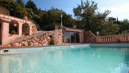 A vendre - Maison/villa - Aspremont (06790) - 6 pièces - 250m²