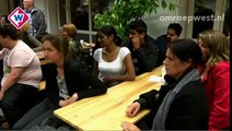Op Scheveningen werd de lichtjestocht nagespeeld die in 2008 voor de Lucia de Berk werd gehouden.