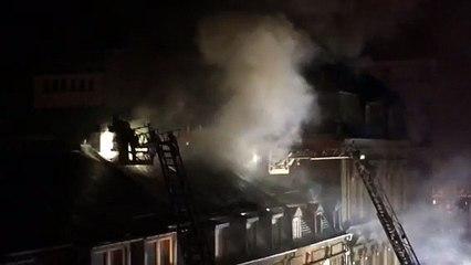 Un immeuble en feu rue Jean Origer à Luxembourg #2 [HD]