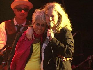 "Paléo 2015 - Patti Smith & Joan Baez - ""People Have The Power"""