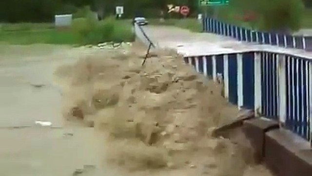 Power Of Flood - Washes Away a Bridge