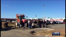 Sablé-sur-Sarthe : Les éleveurs bloquent l'abattoir Charal