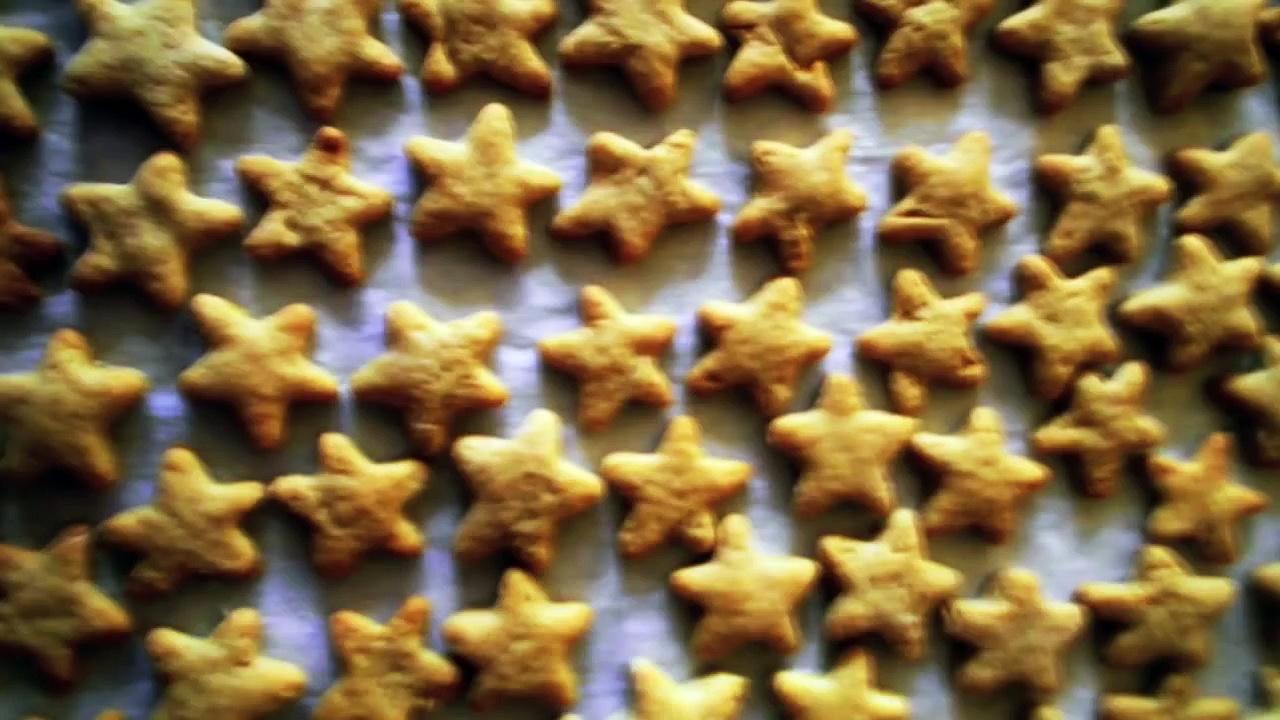 How to make peanut butter dog treats