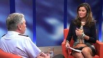 Nachgefragt! Fernsehjournalistin Sandra Thier fühlt Oberst Ulrich Kirsch auf den Zahn