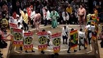 Sumo Yokozuna Hakuho fight