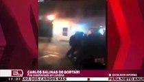 Carlos Salinas de Gortari fue confrontado por jóvenes en Londres / Andrea Newman
