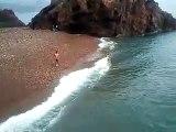 Saut extreme d'une falaise de plus de 20 m