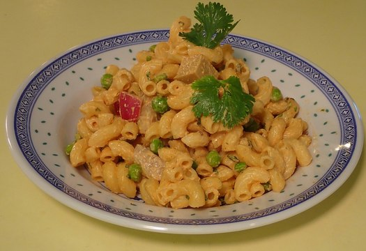 http://thefatveganchef.com - Spicy macaroni salad