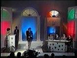 Karamela kao Usnija Redzepova - Javi mi se, javi (1993)