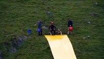 impossible waterslide jump saut glissade d'eau impossible