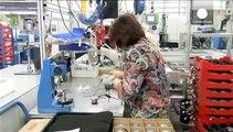 El sector manufacturero de la eurozona resiste la nueva crisis griega